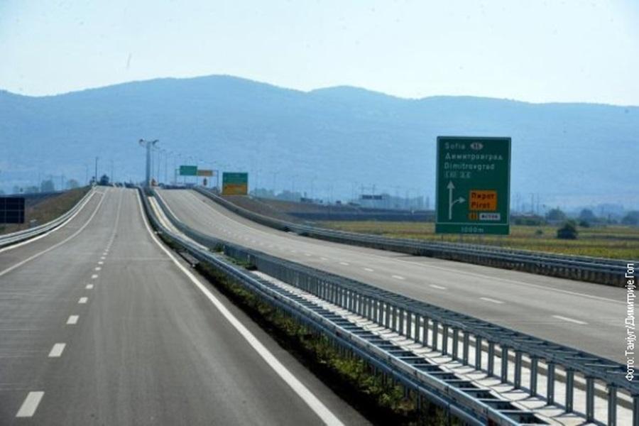 Максимална брзина на ауто-путу до 130 километара на сат