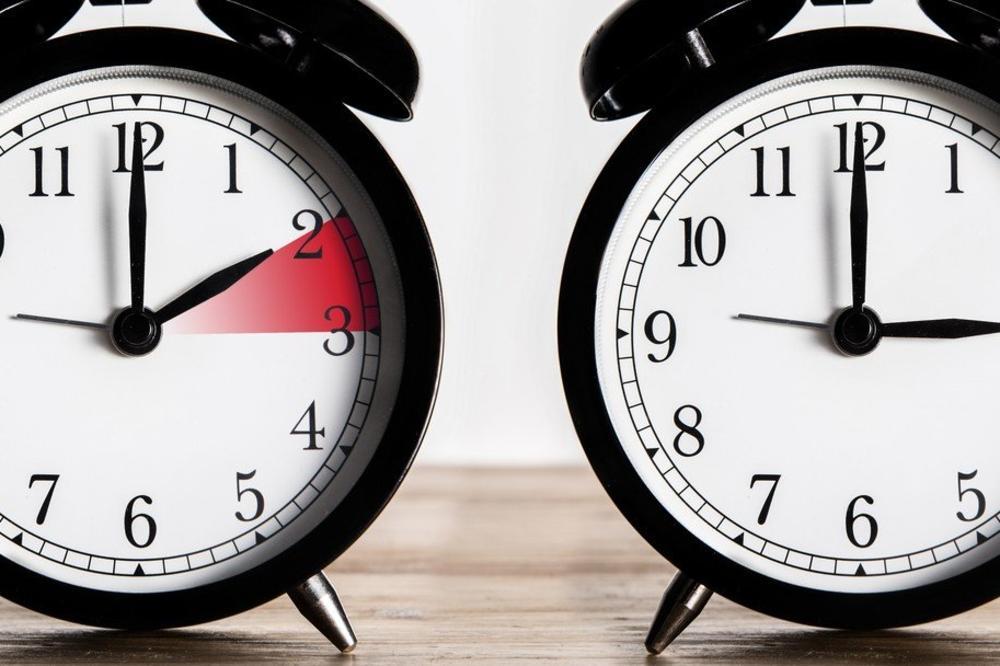 Почело летње рачунање времена: Сат померен унапред