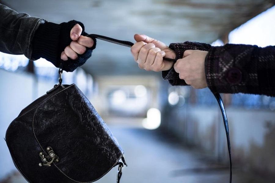 Ухапшени осумњичени за пљачке у Аранђеловцу