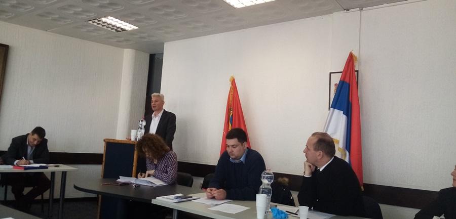 Одржана ванредна седница СО Топола: Командант штаба за ванредне ситуације поднео извештај