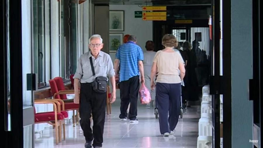 Добра вест за старије суграђане: Ево када ће бити исплата пензија са додатком од 4.000 динара