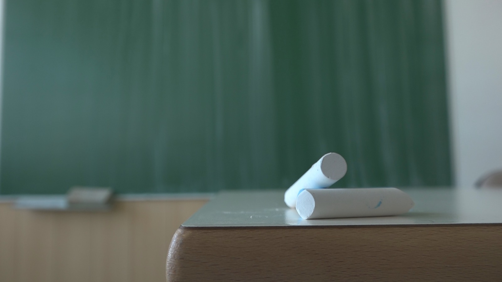 Нова правила у оцењивању ученика: Због короне оцене ће се закључивати на другачији начин