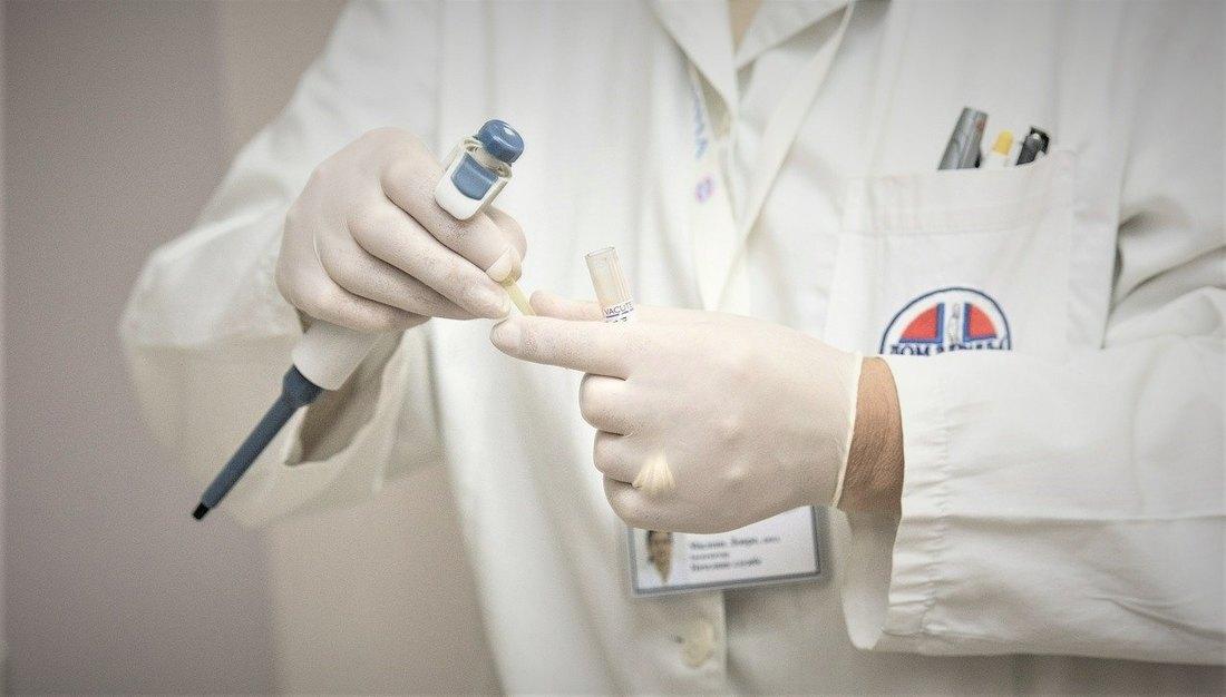 Разматра се обавезан PCR тест за оне који улазе у Србију
