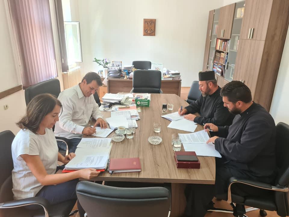 Око три милиона динара помоћи за сеоска газдинства и цркве у Тополи