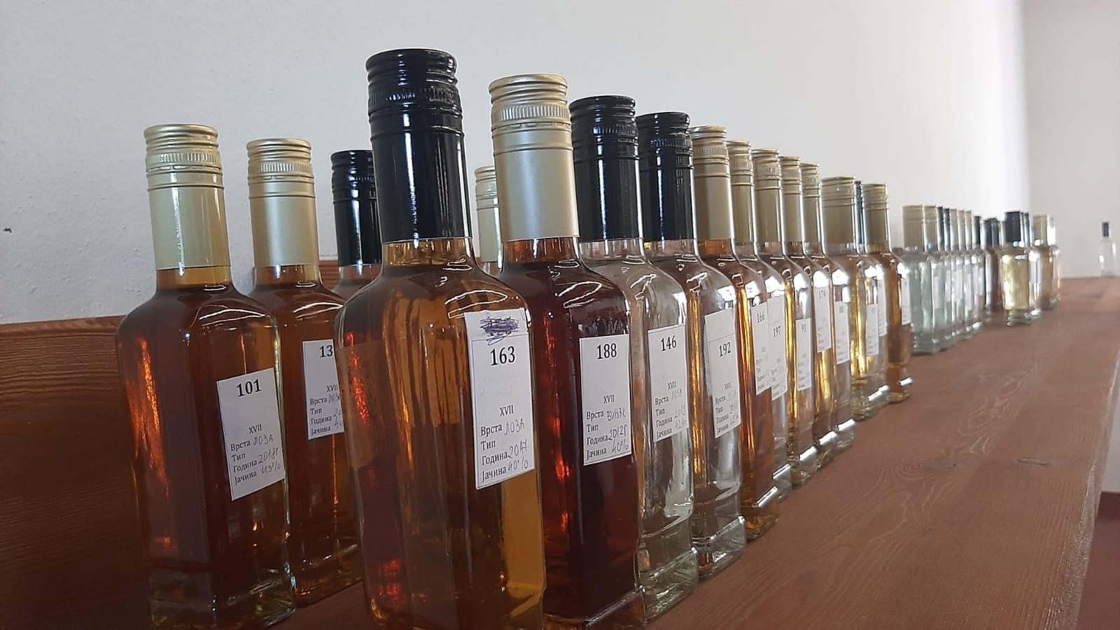 Близу 200 узорака  стигло у Краљевску винарију, почело XVII Међународно оцењивање вина и ракија