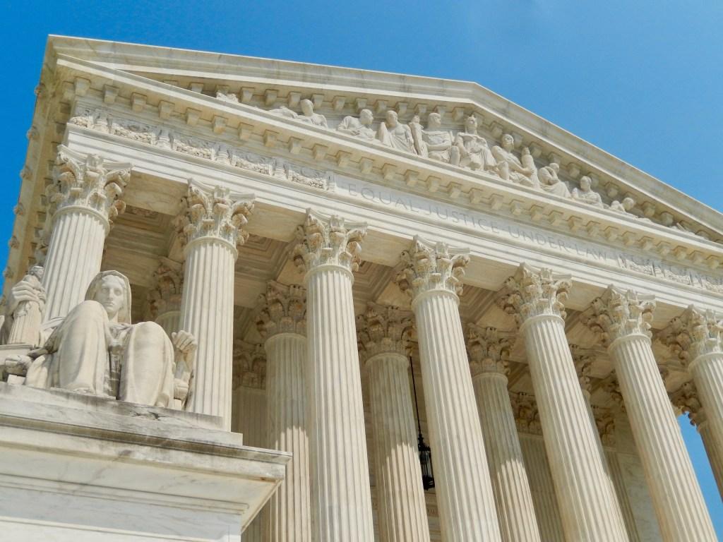 The U.S. Supreme Court (c) Diana Belchase