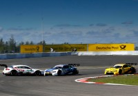 Paul Di Resta und Philipp Eng im Clinch © DTM