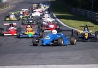 Dichtes Starterfeld in der Formel Historic © Histo Cup
