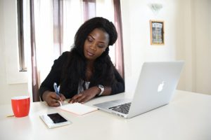 HOW TO WRITE A PROFESSIONAL CV IN NIGERIA WITH SAMPLES