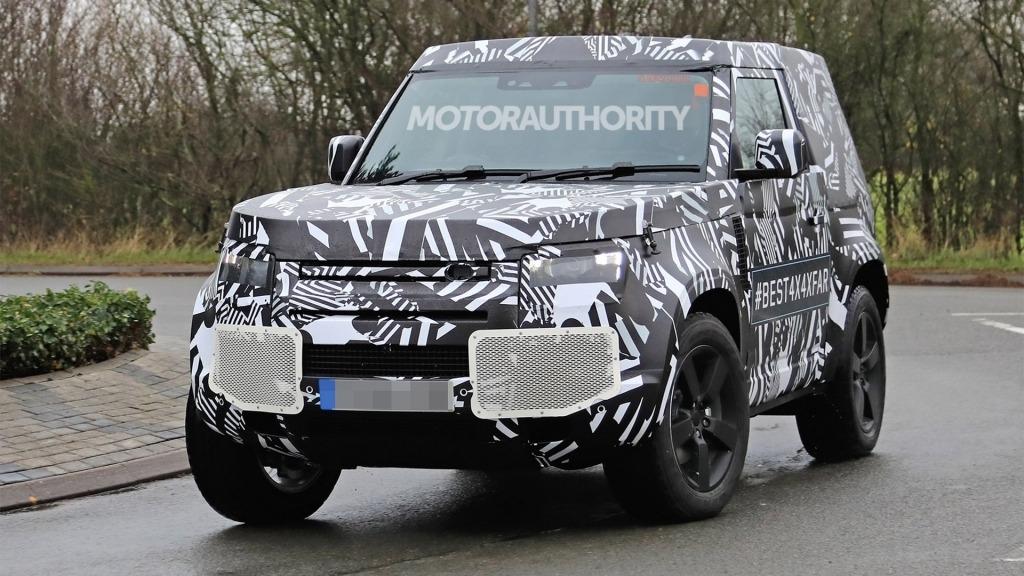 2021 Land Rover Defender Wallpaper