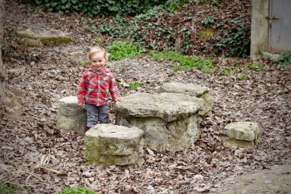Walking & Hiking With Children Tips Finding an Interesting Picnic Spot