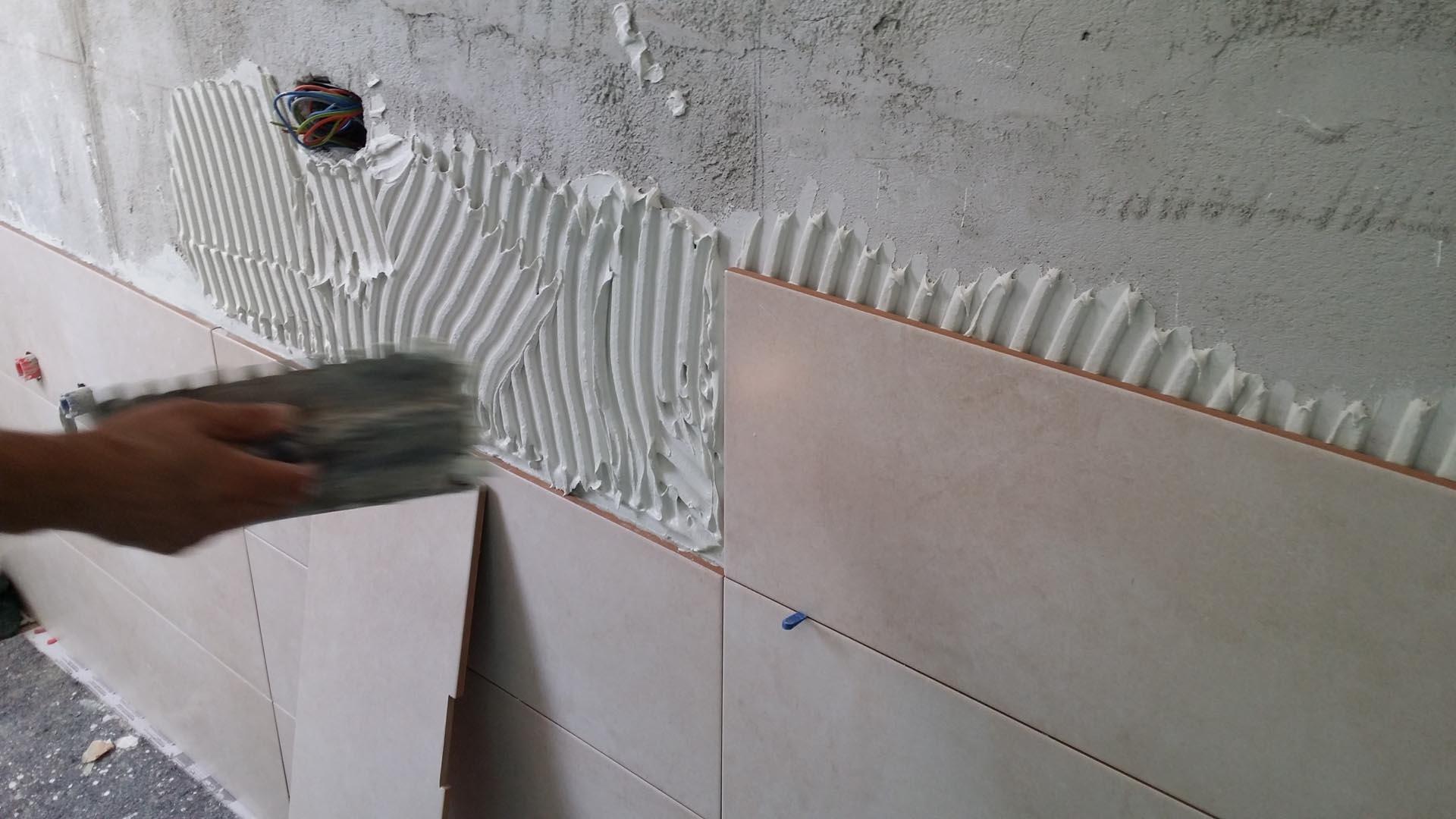 Posa Piastrelle Bagno Esempi Scegliere I Bagno Piastrelle