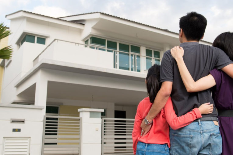 Planning to buy your dream home? Make sure you avoid these 10 things while making your decision