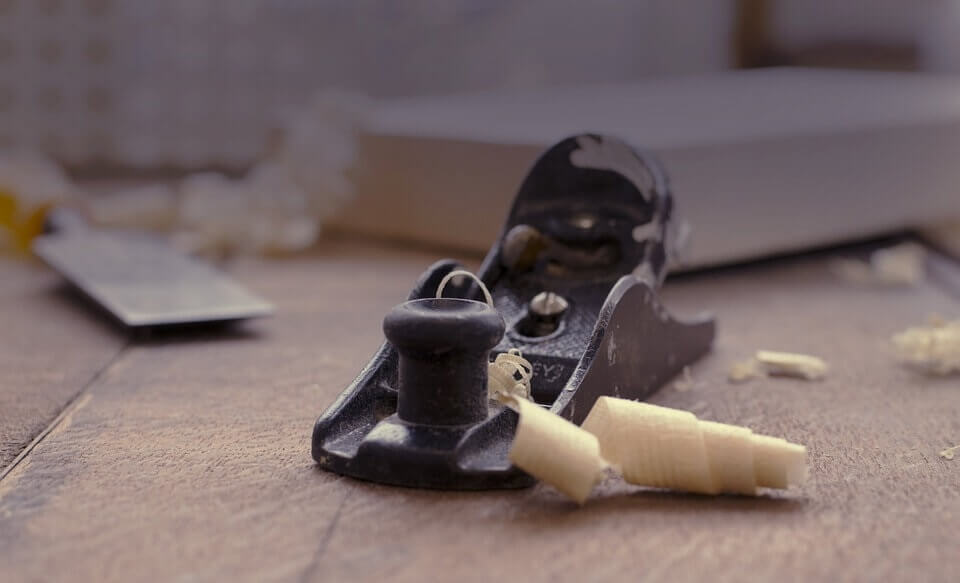 How to maintain your wood planer