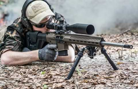 Best Scope For AR 10 Rifle