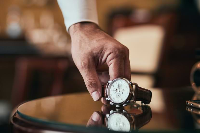 things to look for in a luxury watch