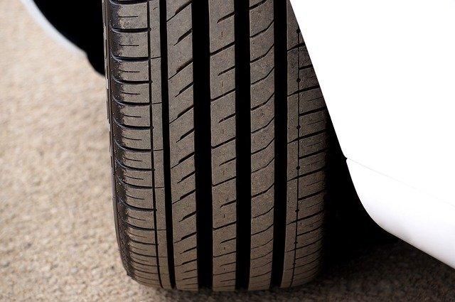 Crosswind Tires