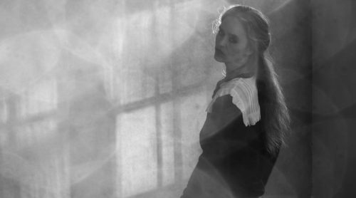 Video Premiere: Anne Marie Almedal – Lightshadow Live Sessions Volume 2