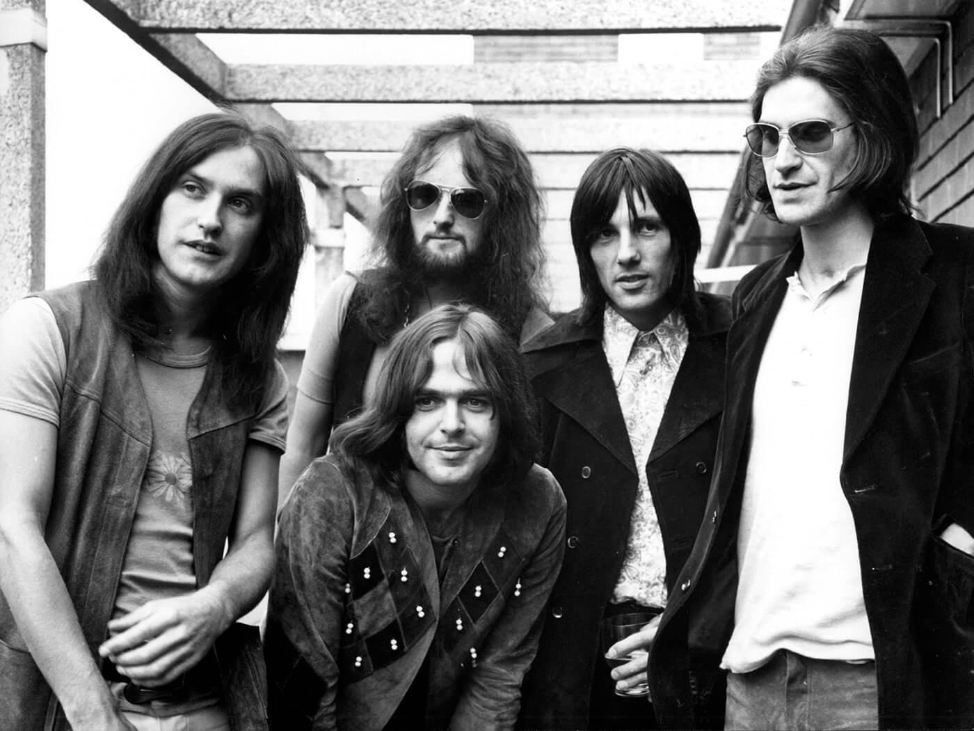 The Kinks – Lola Versus Powerman And The Moneygoround, Part One