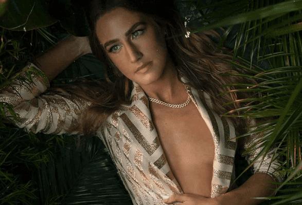 Ingrid Andress, Chartreuse, Avelino…