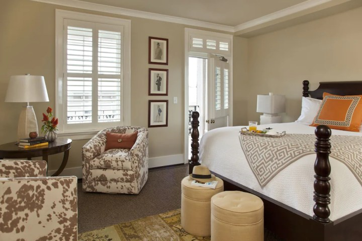 Chic Guest Room, The Georges, Lexington hotels in US