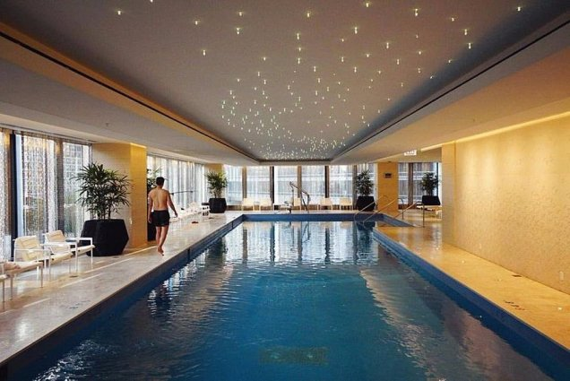 Pool, The Langham, Chicago Hotels in US