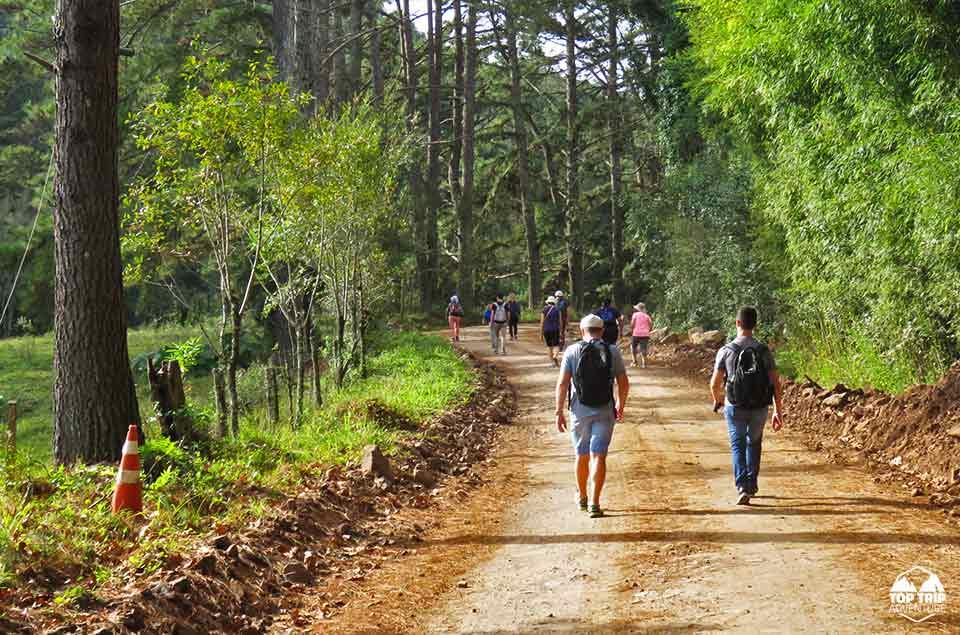 TOP TRIP ADVENTURE | GARIBALDI | | CAMINHADAS