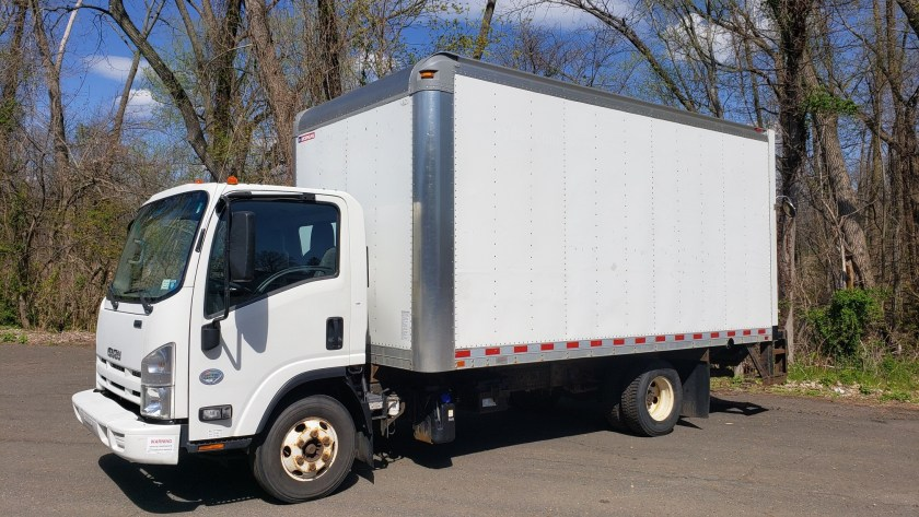 2015 Isuzu NPR-HD with 16 box and l/g
