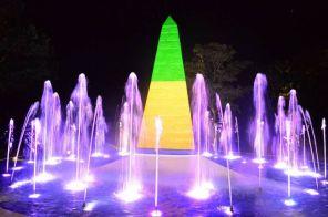 Espetáculo de luzes no Marco das Três Fronteiras renovado