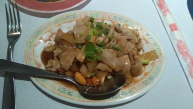 porc aux pousses de bambou et noix de cajou