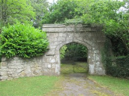Original gateway to Manaton Lodgge