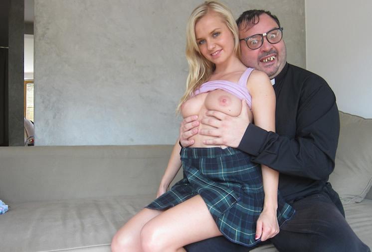 Padre Damian con Bella Baby!