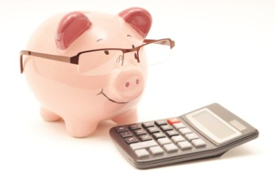 piggy-bank-accountant