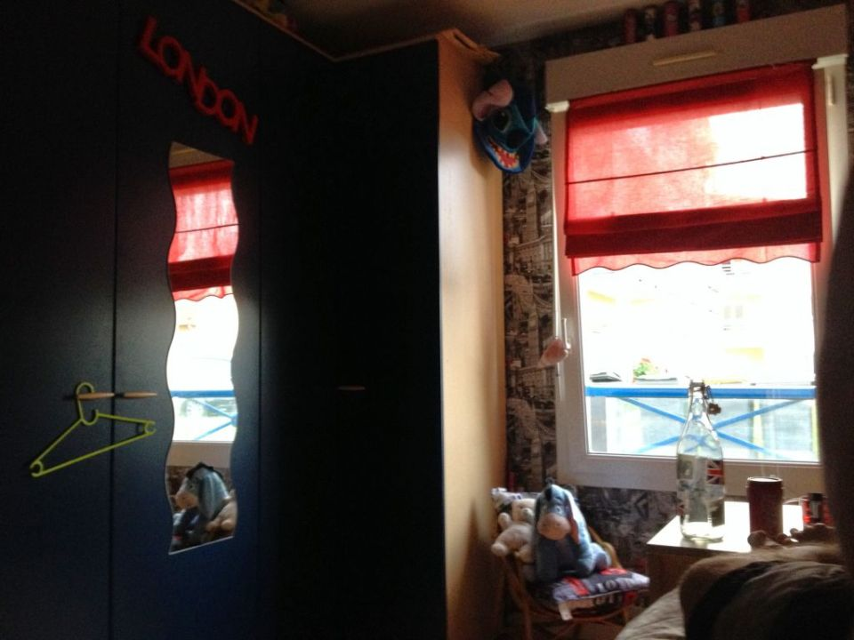 Airbnb room in Amneville