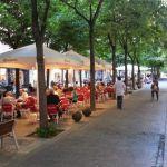 Avenue De Gaudi Restaurant Barcelona