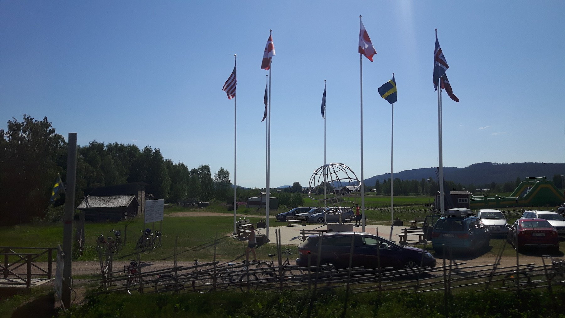 Arctic Circle marking in Sweden