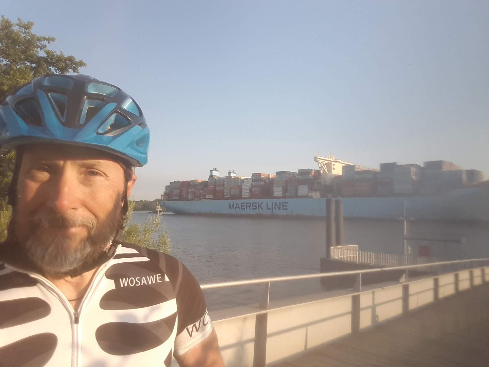 Crossing Elbe in Hamburg