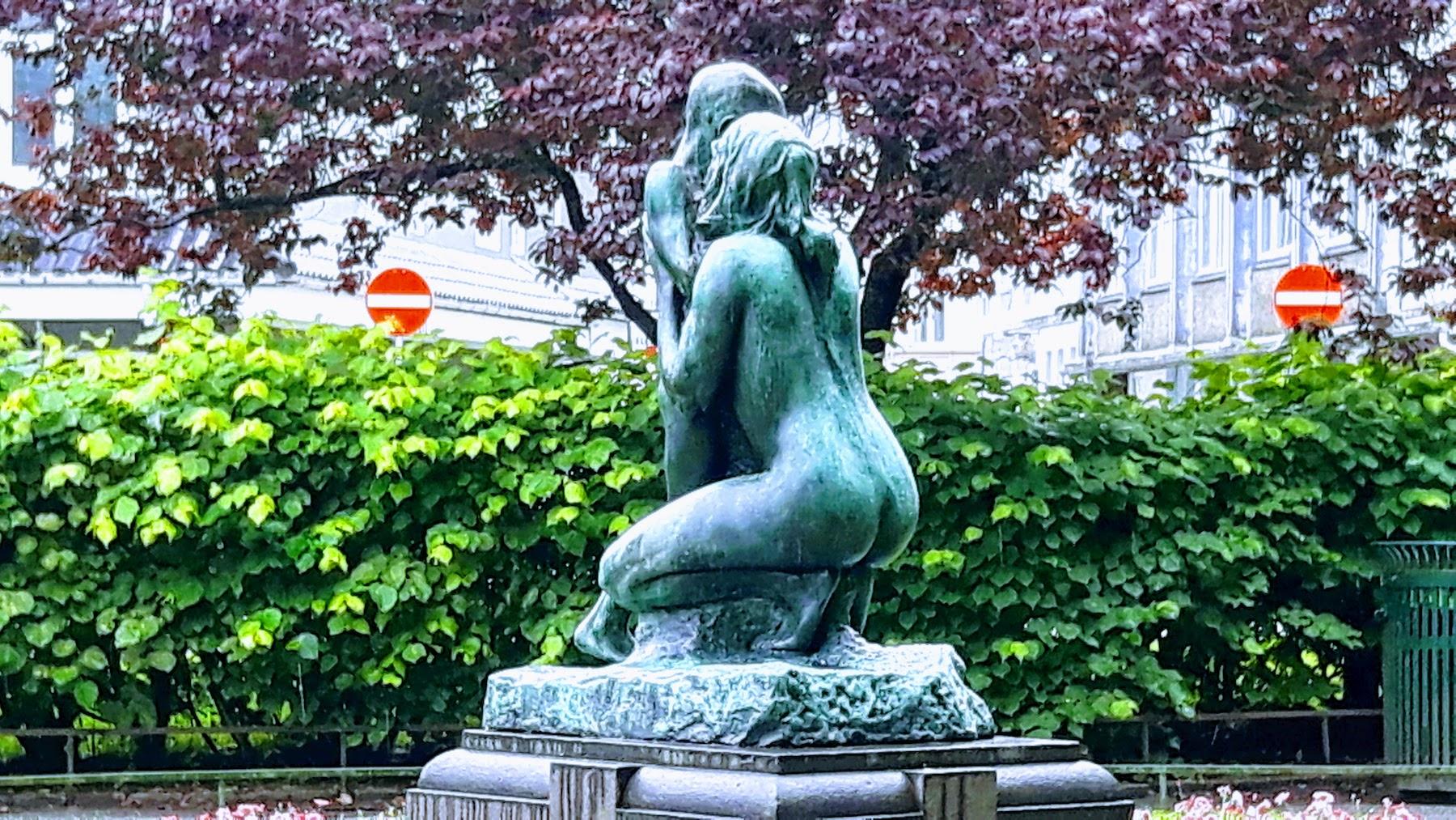 Statue Bergen Norway