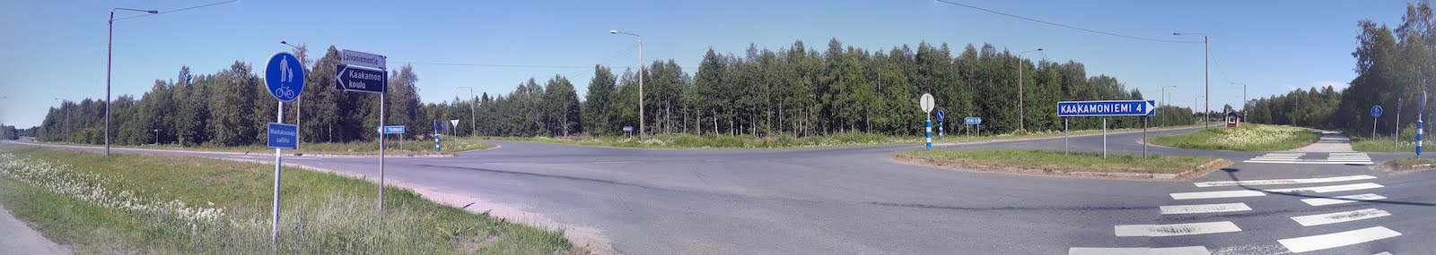 An intersection on my way to Kemi Finland