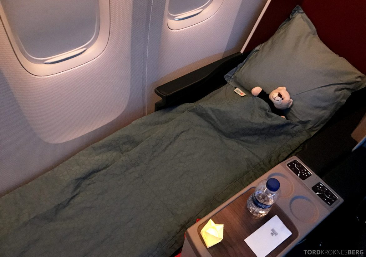 Turkish Airlines Business Class Istanbul Jakarta seng