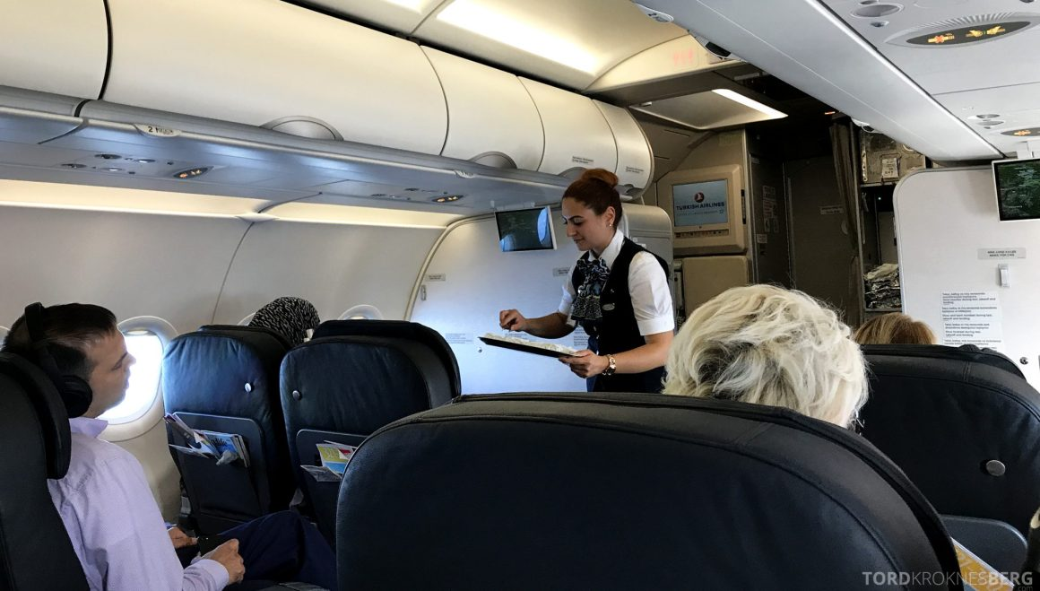 Turkish Airlines Business Class Oslo Istanbul varm klut