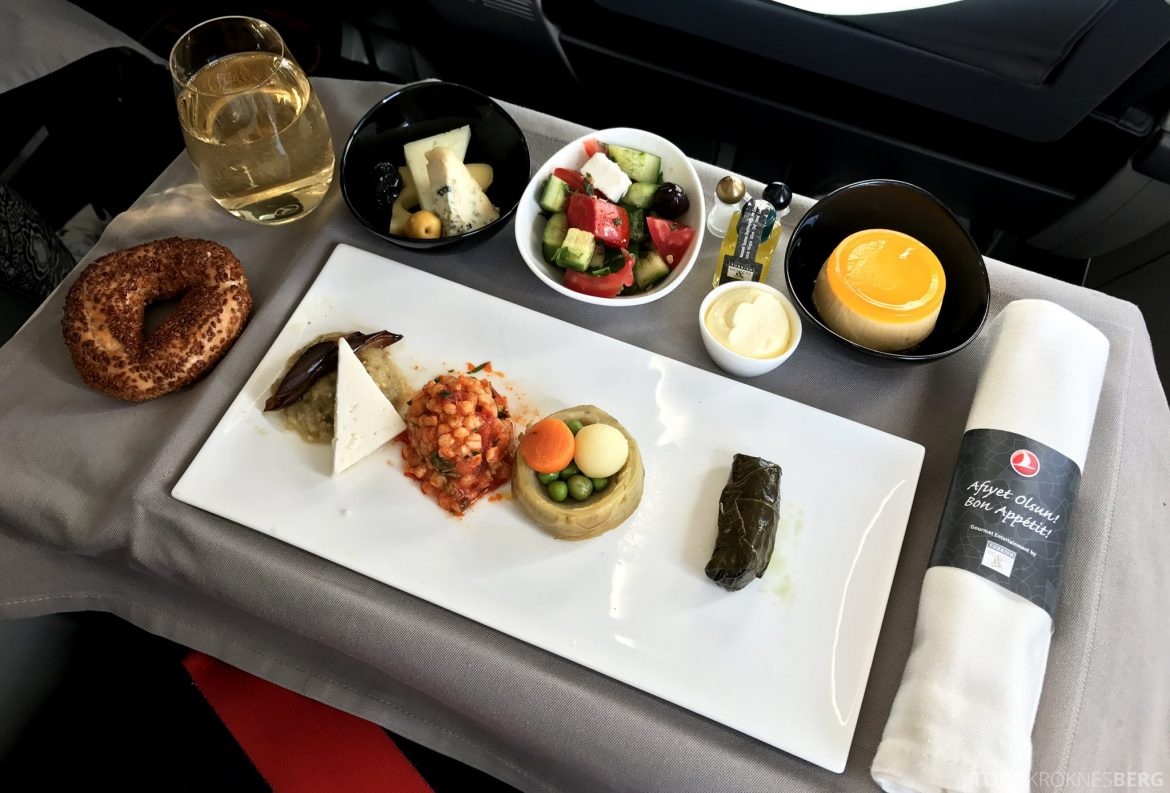 Turkish Airlines Business Class Oslo Istanbul mat forrett
