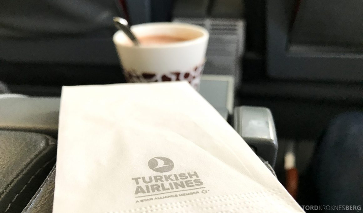 Turkish Airlines Business Class Oslo Istanbul kakao