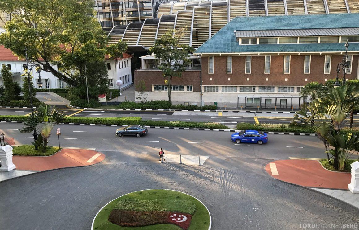 Raffles Hotel Singapore utsikt mot hovedinngang