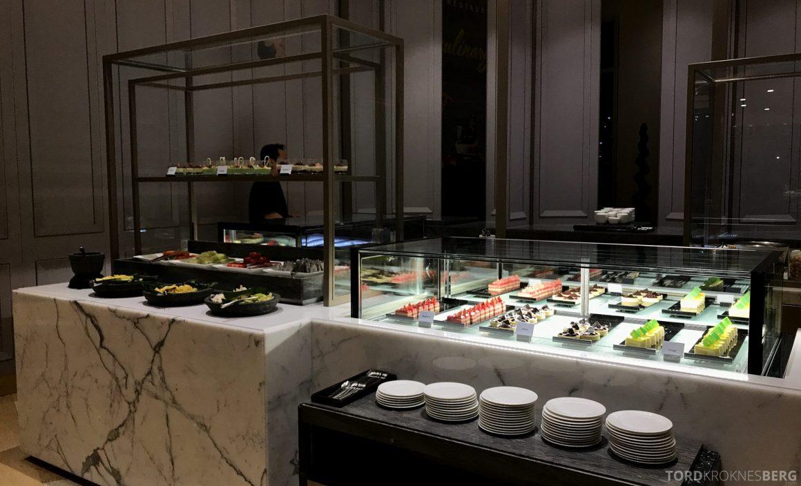 Restaurant Asia Ritz-Carlton Jakarta dessertbuffet