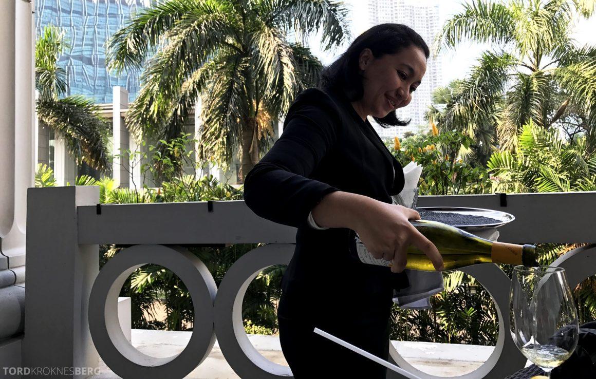 Restaurant Lobo Ritz-Carlton Jakarta servering