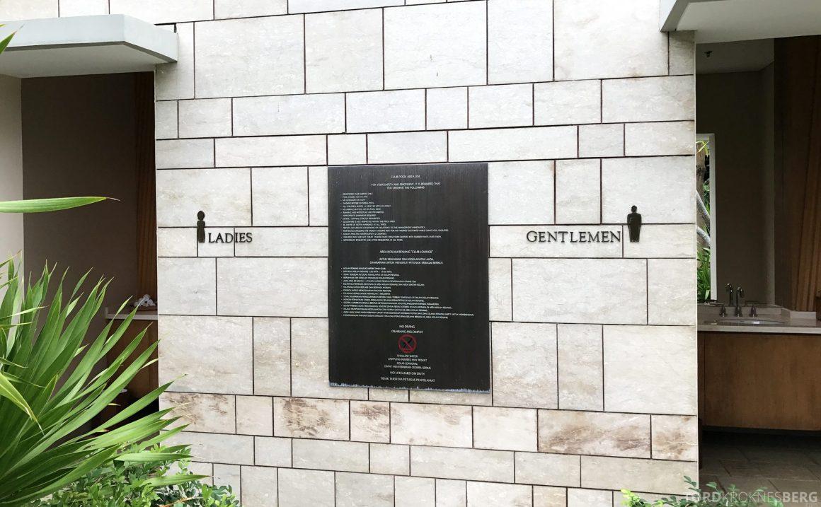 Ritz-Carlton Bali Club Lounge toaletter