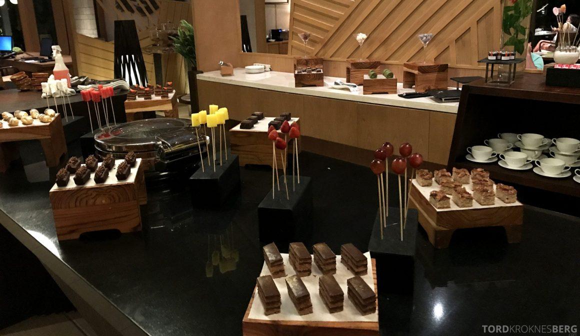 Ritz-Carlton Bali Club Lounge dessert