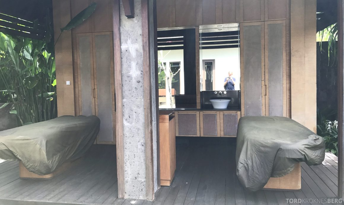 Ritz-Carlton Bali Suites presidential suite spa