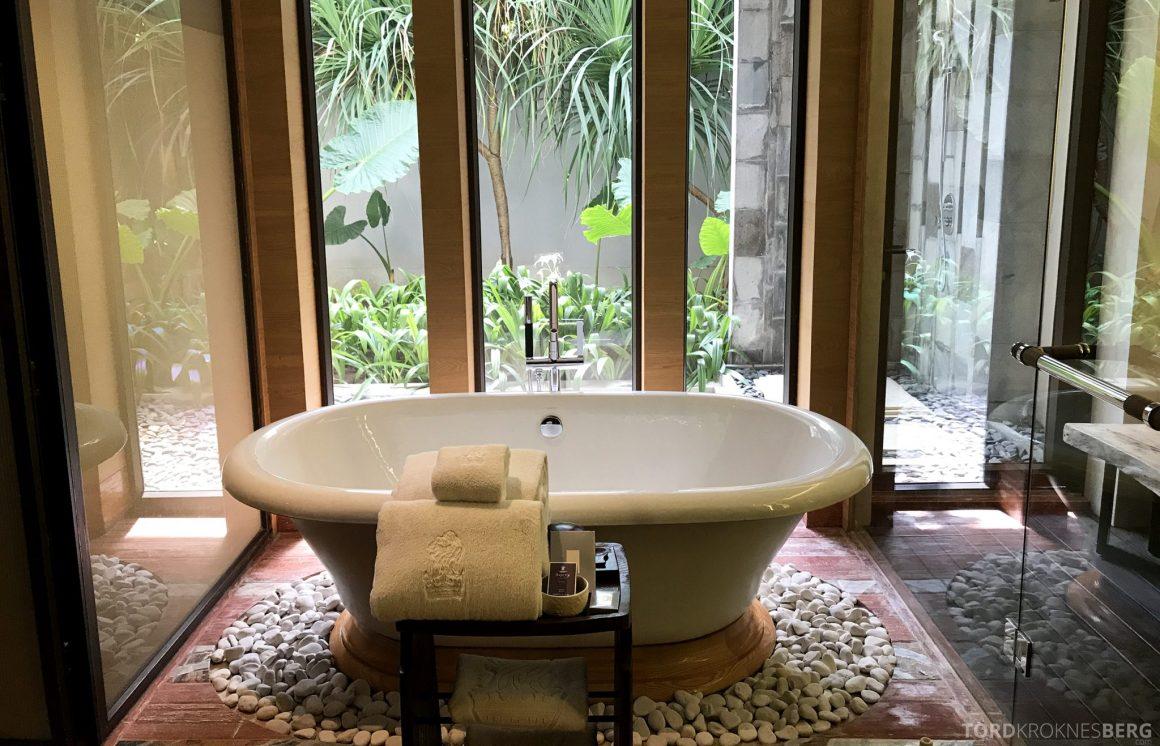 Ritz-Carlton Bali Suites presidential suite gjestebad